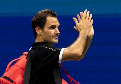 TENNIS: Roger Federer's season over after knee surgery