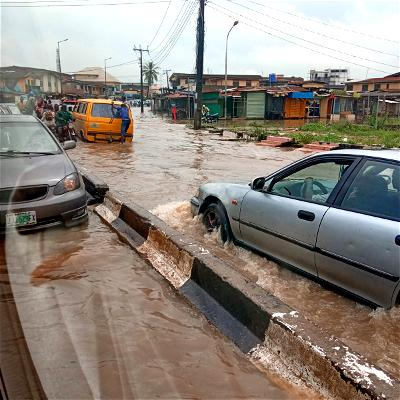 """""""We can't breathe. We are dying in this axis of Lagos and need the government to come to our rescue."""" These were some of the comments by some commuters that spoke with Vanguard Motoring, on Thursday, on the Mile 2-Badagry expressway traffic."""