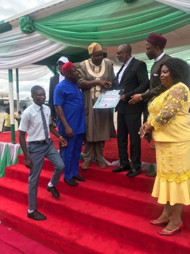Enugu school receives FG's 2019 educational award