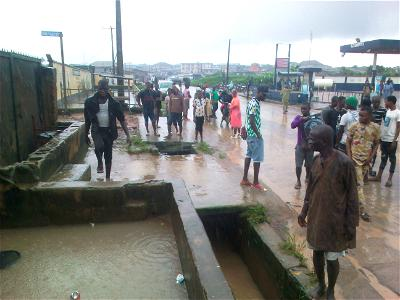 Why FG stops states from rehabilitating federal roads —Fayemi