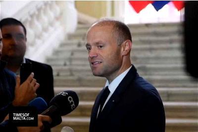Malta, Prime Minister, Journalist, Resignation
