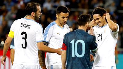 Cavani, Messi, Argentina, Uruguay