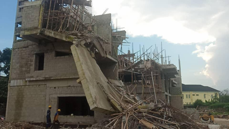 UPDATED: One feared dead, four rescued as two storey building collapses in Lagos