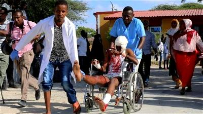 Rush hour car bomb kills dozens in Somali capital