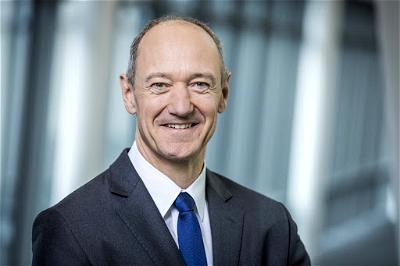 Siemens, Roland Busch