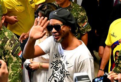 Ronaldinho, Prison
