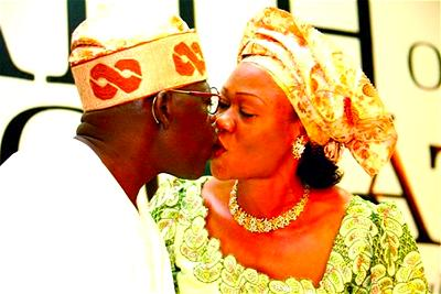 (UPDATED) COVID-19: Tinubu, wife test negative as aides test positive