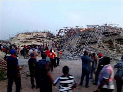 Imo, Collapsed building