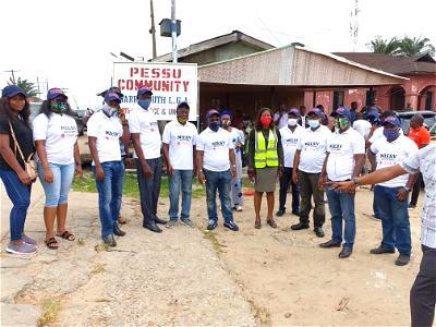 Lockdown: Delta Estate Surveyors donate food to aged in Warri, Asaba