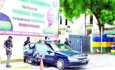 DEVELOPING: Again, Police seals APC National Secretariat