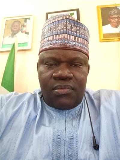 APC Crisis: Former APC Nat'l leader on disability hails Buhari's action