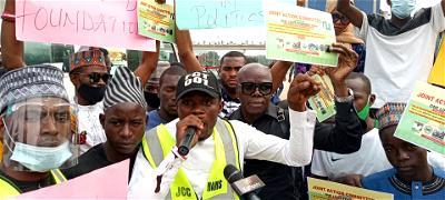 Protest: Group demands death sentence for corrupt public officials