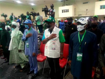 TEN of the seventeen governorship candidates participating in the Saturday's election in Ondo state have signed a peace pact to ensure violence-free election with a promise to accept its outcome.