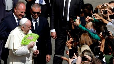 Pope Francis makes first trip since pandemic's start to saint's town