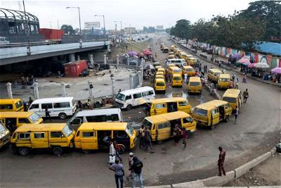 Lagos commuters lament bad roads, urge Sanwo-Olu to intervene