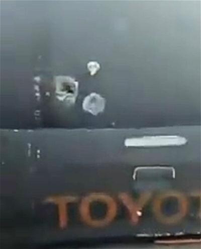 Gunmen attack bullion van
