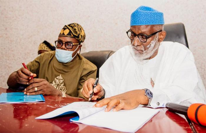 Akeredolu signs N174billion Ondo 2021 appropriation bill into law