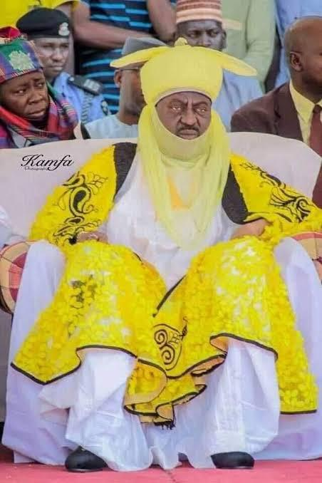 Vehicle rams into Emir of Kano' convoy