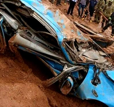 Truck crashes into taxi, kills 4 in Oyo