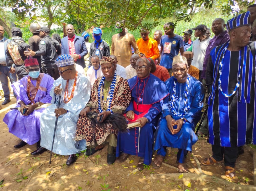 Ortom visits warring Bonta, Ukpute communities sues for peace